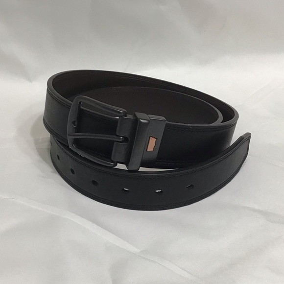 Levi's Other - Like New Levi's Reversible Black/Brown Belt